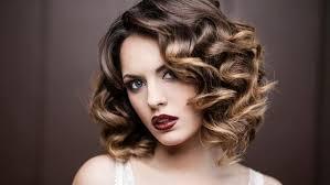 تسريحات الشعر التي تليق بشكل الجسم