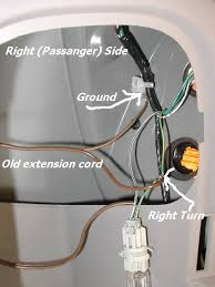 trailer wiring info pics genvibe community for pontiac vibe the adapter has 3 output wires that you er up to the wire harness ground lead doesn t go through the adapter just straight to the harness i didn t