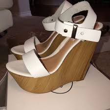 steve madden size 38 white boozey leather wedge heel