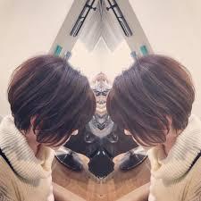 面長で横に膨らみやすい髪質におすすめ Bump By Atreve