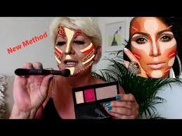 new contouring highlighting kim kardashian s makeup secret