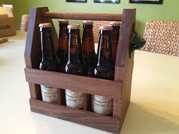 diy wooden beer carrier