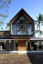 Svarga Residence by RT+Q Architects. Luxury HousesDream ...