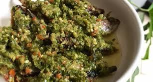 Anda bisa membuat berbagai variasi menu ikan tongkol. Resep Ikan Tongkol Cue Cabe Ijo 3 Piring Sehari