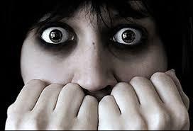 كوني انيقه حتى في لحظااااات الرعب images?q=tbn:ANd9GcQ