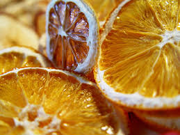 Drying Out Oranges Christmas Decorations 10 Edible Christmas Tree Ornaments Hackalife