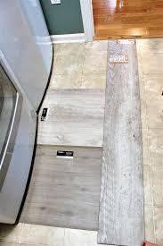 4 reasons to use luxury vinyl tile flooring