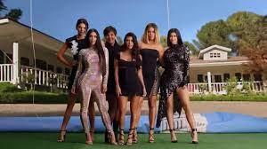 """Z kamerą u Kardashianów"""" trafi na Netfliksa już w czerwcu"""