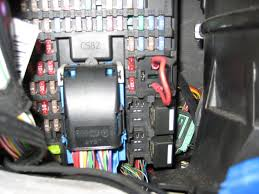 lr3 aux power cigar lighter stopped working land rover forums panel jpg click image for larger version lr3 cjb relay r1 jumper permanent aux sockets