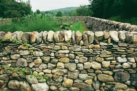 dry stone wall stone retaining wall