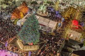 Campus Martius Christmas Tree Lighting 2017 Detroits Giant Christmas Tree Lights Up Friday Night