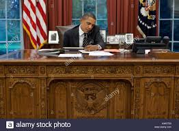 desk in oval office. President Barack Obama At His Oval Office Desk, Sept. 7, 2011. Desk In T