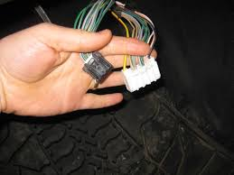 write ups aftermarket sub sub amp remote turn on wire loc black plug and refer to wiring diagram link above