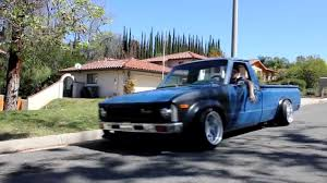 Slammed 79' Toyota Hilux Mini Truck V2 - YouTube