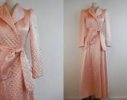 Vintage Quilted Satin Robe / 1940s Long Bias Cut by zestvintage ... & Vintage Quilted Satin Robe / 1940s Long Bias Cut by zestvintage, $82.00 Adamdwight.com