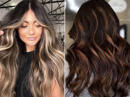 Isso porque as mechas super valorizam essas texturas de cabelo, portanto, se você já está querendo faz tempo se jogar nesse look, agora é a hora! Asi Son Las Mechas Ideales Para Las Morenas Colores Y Tecnicas Bulevar Sur