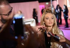 candice swanepoel 2016 victoria s secret fashion show in london hair and makeup