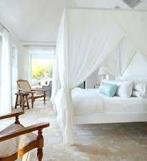 Canopy Bed Decor Woven Textures And See Through Curtains Ideas For ...