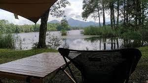 ほとり の 遊び場 キャンプ 場