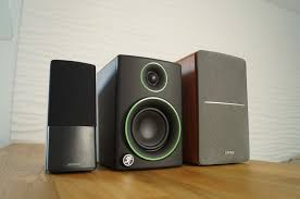 bose companion 2 speakers. bose companion 2 iii, mackie cr3 and edifier r1280t comparison review. what is the best budget speaker under 100 dollars/euro ? speakers