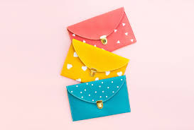 creative gift ideas buckled clutch width