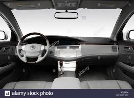 2008 Toyota Avalon LTD in Silver - Dashboard, center console, gear ...