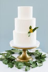 Simple Elegant White Wedding Cake