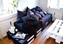 shipping pallet furniture ideas. Wooden-shipping-pallets-furniture-how-to-make-diy- Shipping Pallet Furniture Ideas