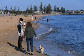 Officials have so far found 13 cases stemming from a worker who unknowingly became infected at a melbourne hotel. Australia S Covid 19 Hotspot Victoria State Reports 5 New Cases Voice Of America English