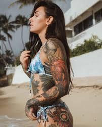 татуированная модель и тату мастер Michelle Maron