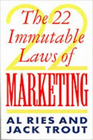 22 Immutable Laws Of Marketing The 22 Immutable Laws Of Marketing Amazon Co Uk Al Ries