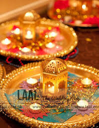 "Mehndi Tray Decoration Find out the Latest ""Mehndi Thaal Designs"" Laal The Wedding Mag 30"