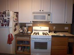 Paint Wooden Kitchen Cabinets Yes You Can Paint Your Oak Kitchen Cabinets Home Staging In
