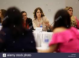 Die co-Präsident der Europäisch-amerikanischen Frauen Forum Elisabetta  Gardini spricht während Forum das Europäisch-amerikanische Frauen, in  Panama City, Panama, 03. April 2018. Die Eröffnung der Bereich der  Digitalisierung und der wachsenden Nachfrage ...
