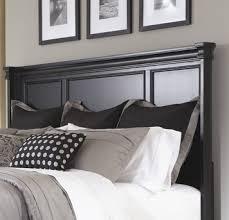 ... Greensburg Queen Panel Bed ...
