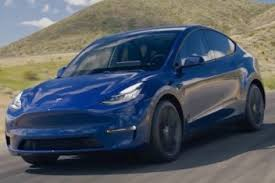 Our comprehensive reviews include detailed ratings on price and features, design, practicality, engine, fuel consumption. 2020 Tesla Model Y Review Autotrader