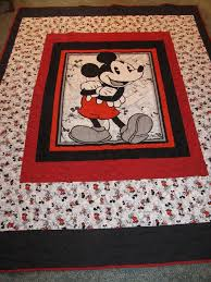 101 best Mickey and Minnie images on Pinterest   Backpacks ... & Mickey Mouse Quilt. 68