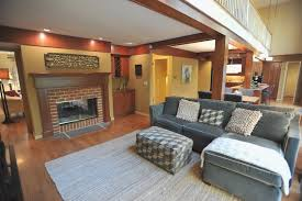 best paint colors with wood trimBest Family Room Color With Wood Trim And Gray Sofa Also Carpet