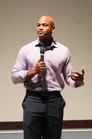 Diverging paths: Author Wes Moore speaks at SHU - The Setonian
