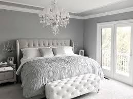 Glamorous Grey Bedroom Decor/Grey Tufted headboard