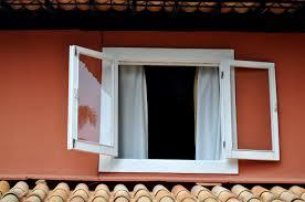 Kostenlose Bild Weiß Holz Fenster Rot Fassade