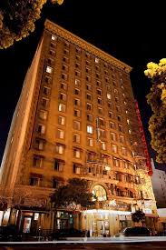 The cecil hotel (now rebranded as stay on main) in downtown los angeles (640 s. Traveltuesday The Dark History Of The Most Notorious Hotel In Los Angeles The Cecil Hotel Spooky Little Halloween