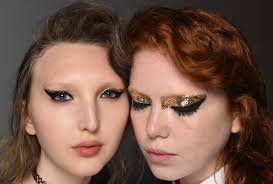 best makeup trends looks 2017 2018 nyfw spring summer 2016 bold eyes brows
