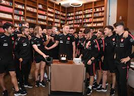 Barış Alper Yılmaz'ın doğum günü kutlandı - U-21 Milli Takım Haber Detay  Sayfası TFF