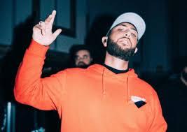 Nimo Wird Sich Für Eine Weile Aus Der Rap Szene Zurückziehen