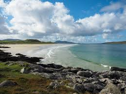 the pros and cons of travel luskentyre beach on the isle of harris