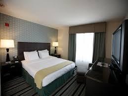 San Diego 2 Bedroom Suites Holiday Inn San Diego Airport Ca Bookingcom
