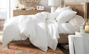 pros and cons of white bedding