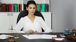 paralegal office the 20 best online paralegal bachelors programs the best schools