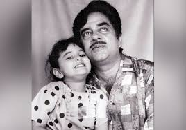 Image result for sonakshi  bachpan pics